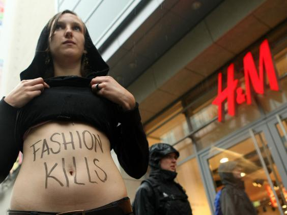 AR ACTIVISTS ATTACK H&M